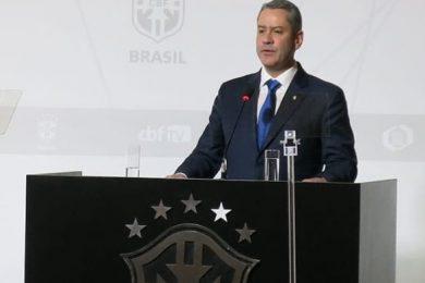 CBF anuncia ajuda financeira a clubes da Séries C e D