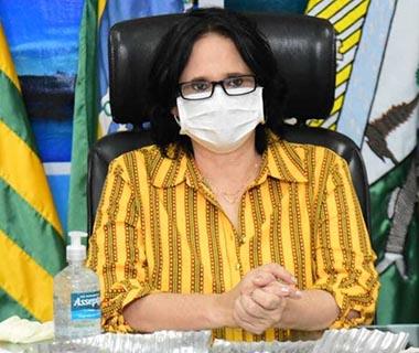 """A pedido de Bolsonaro, Ministra visita Floriano e diz: """"A gente veio ver o milagre da cloroquina"""""""
