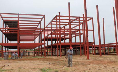 Sesapi assina retomada das obras do novo hospital de Picos nesta segunda (6)