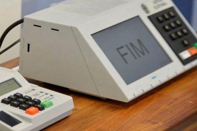 Na reta final das eleições, Justiça alerta sobre compra de votos e fraudes