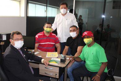 Diretoria da SEP apresenta projeto à presidência da Câmara de Picos