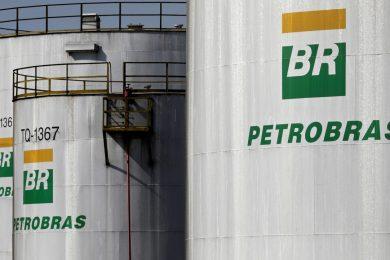Petrobras muda cálculo de reajuste de combustíveis e mercado reage mal