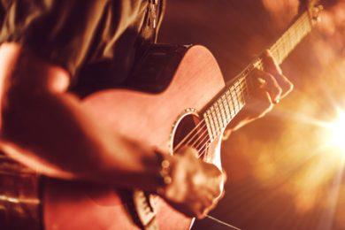 Música ao vivo é liberada em bares e restaurantes no Piauí