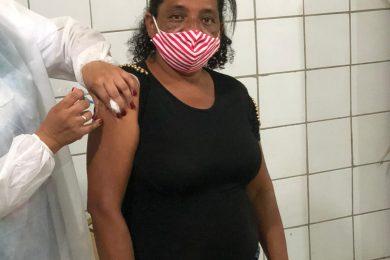 Vacinação da 2ª dose contra a Covid-19 é iniciada em Picos