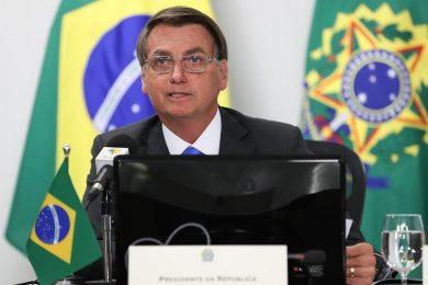 Bolsonaro anuncia decreto para zerar impostos federais do diesel e gás de cozinha