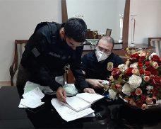 Polícia investiga empresa de locação de veículos e cumpre mandados em Paulistana