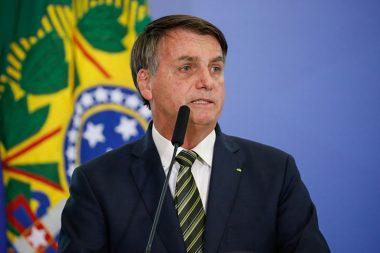 Presidente Bolsonaro deve estender auxílio emergencial